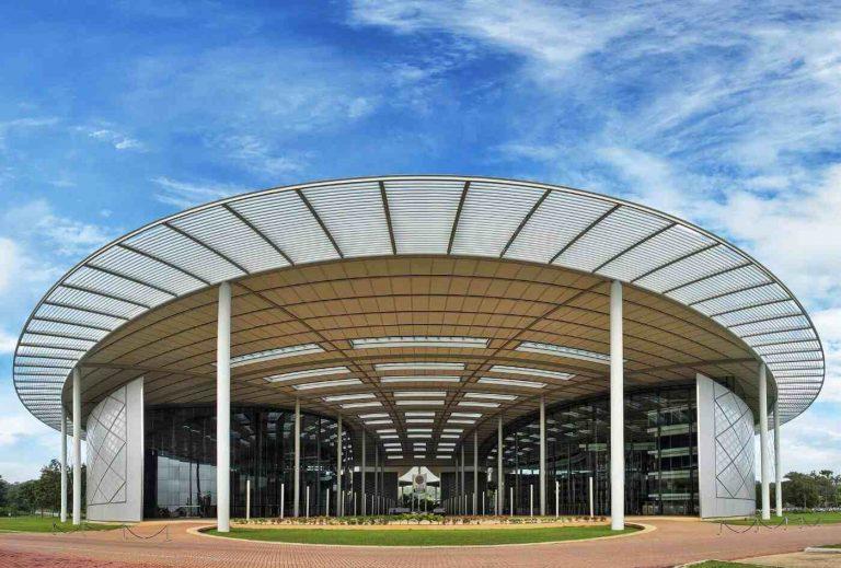 جامعة بتروناس UTP في ماليزيا-compressed
