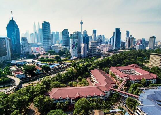 جامعة IUMW في ماليزيا